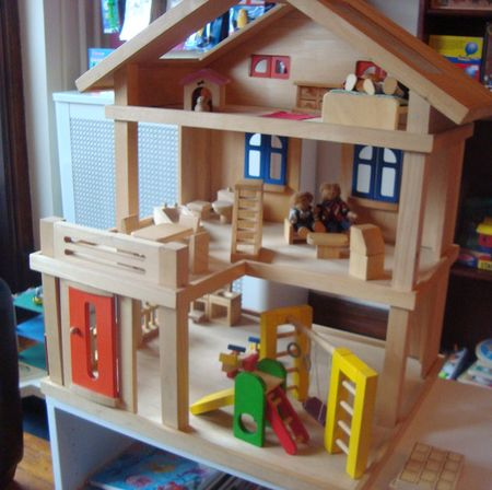 Children    s consignment   second hand toys used books Flatbush    Plan dollhouse whole